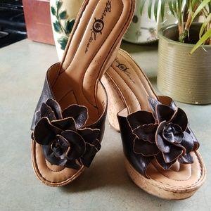 Born Crown Shoes - BORN CROWN CUTIE PIE CORK PLATFORM.LEATHER FLOWER!